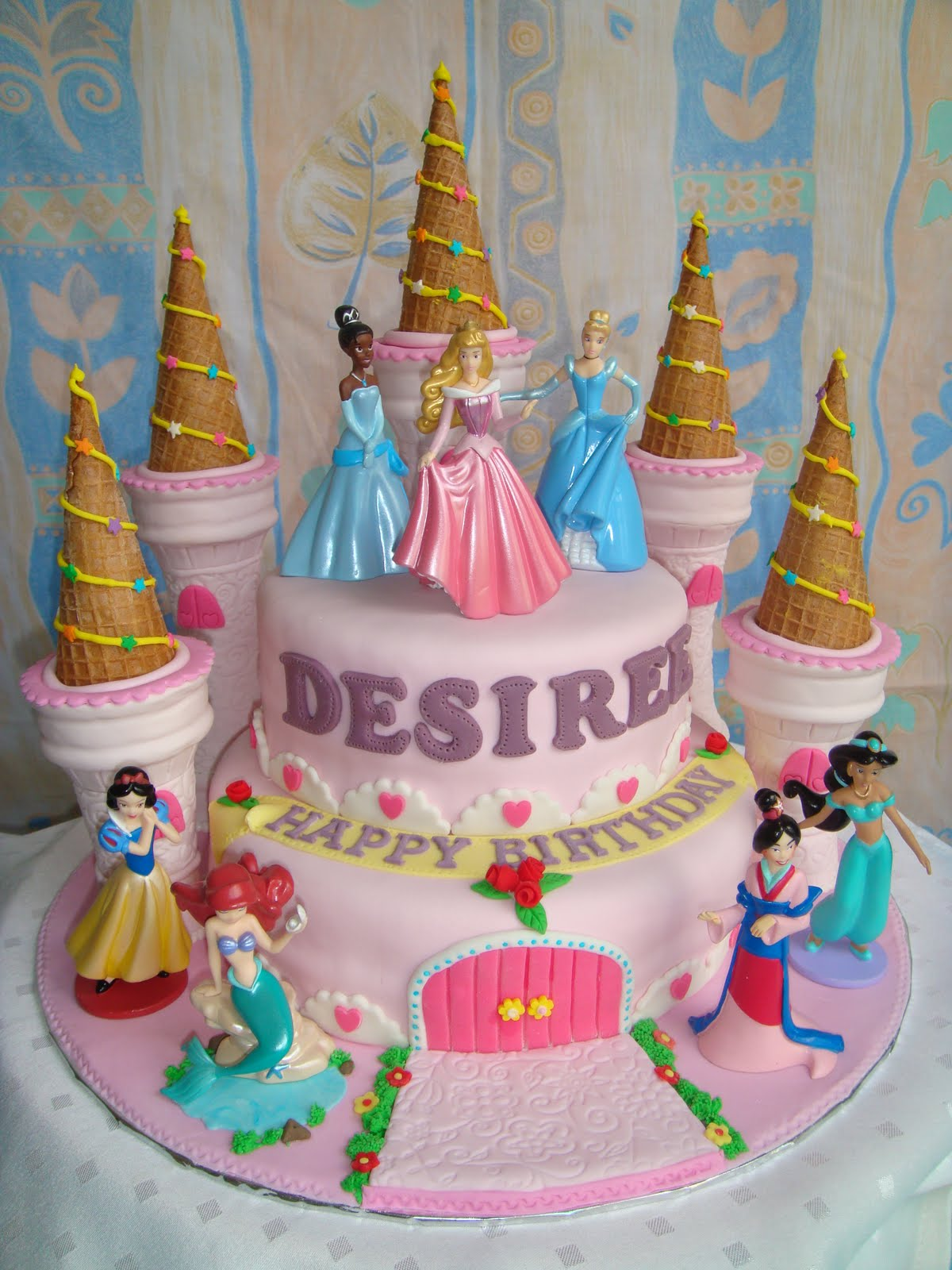 Yummy Baking Princess Castle Fondant Cake D1
