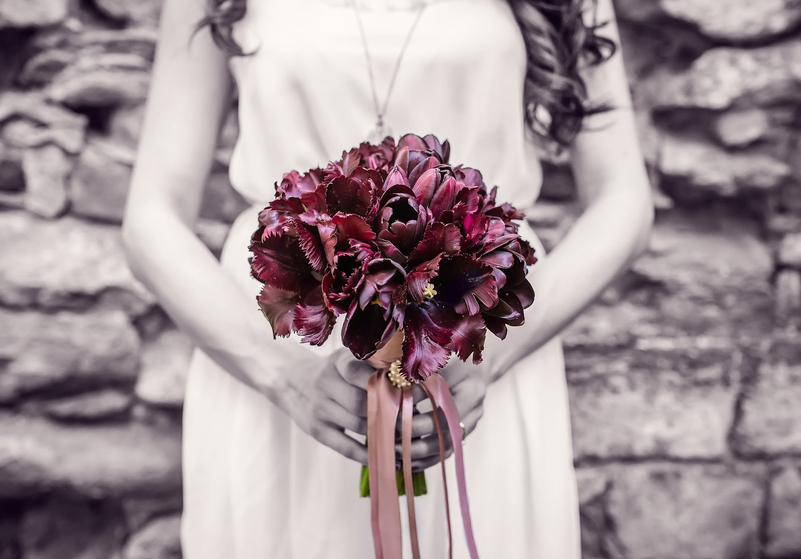 The kerrie show give flowers to show love respect and caring flowers at a funeral have a totally different meaning they express the celebration of a life that has already passed they also add grace and beauty to a izmirmasajfo