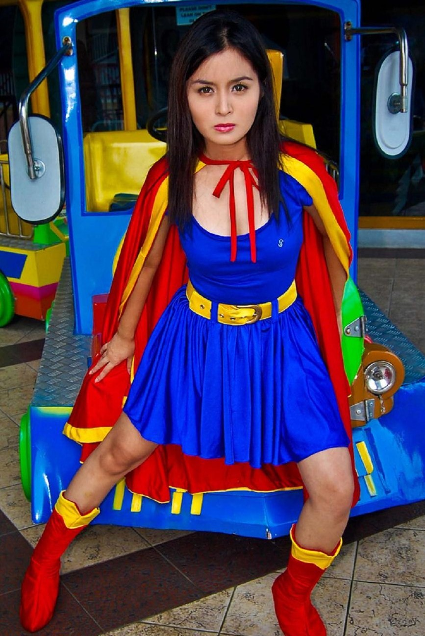kris bernal supergirl cosplay 02