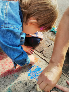 chalk colouring in