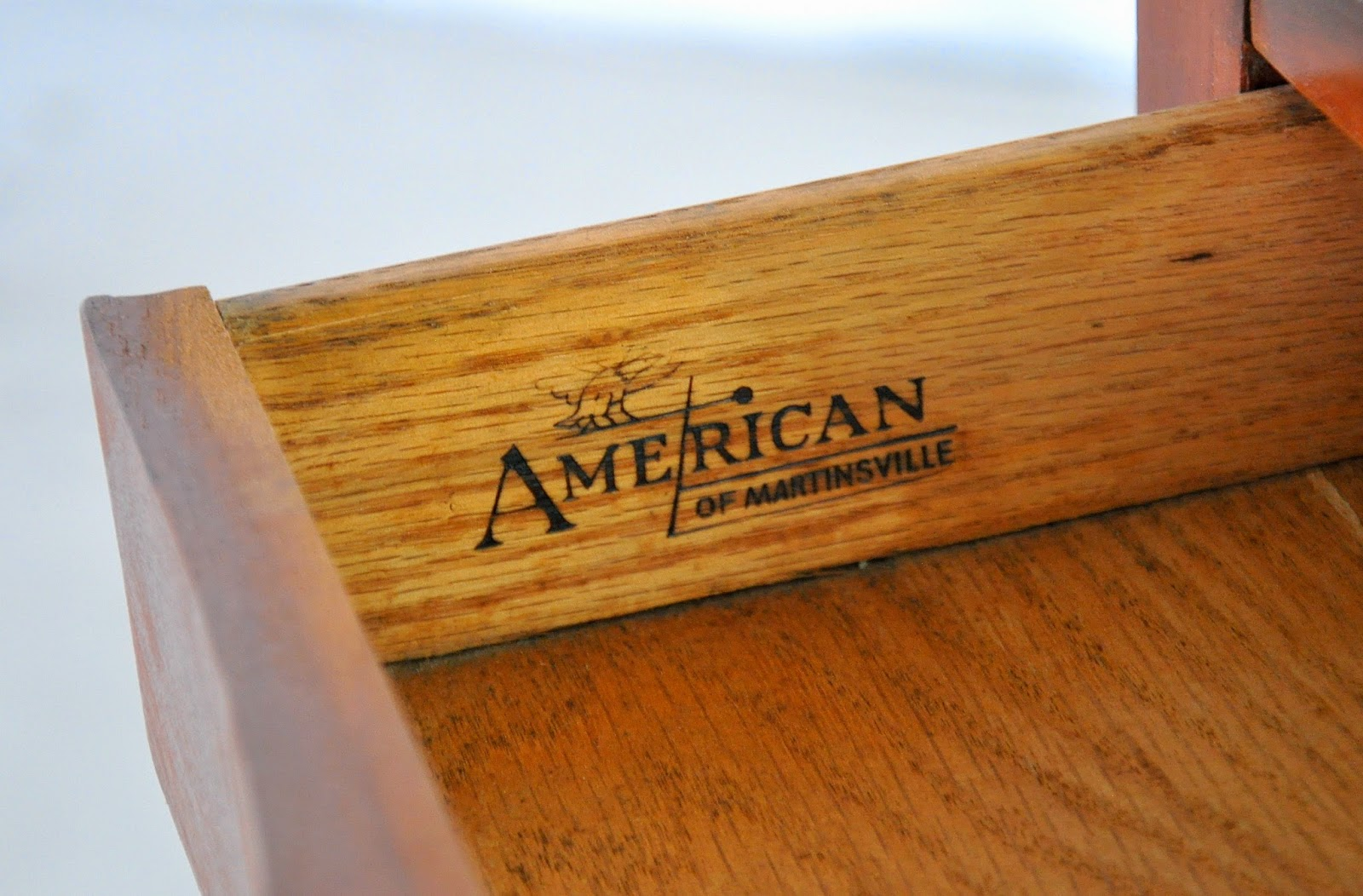 Select Modern Pair Of American Of Martinsville Step