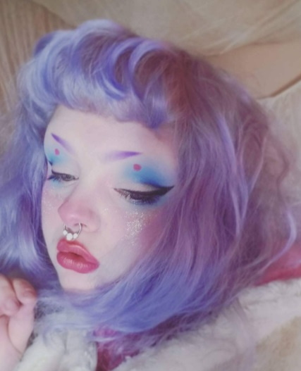 kawaii fashion, lavender hair