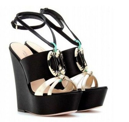 new product 96a4e dbb9d The World Of High Heels: Giambattista Valli Shoes, the most ...