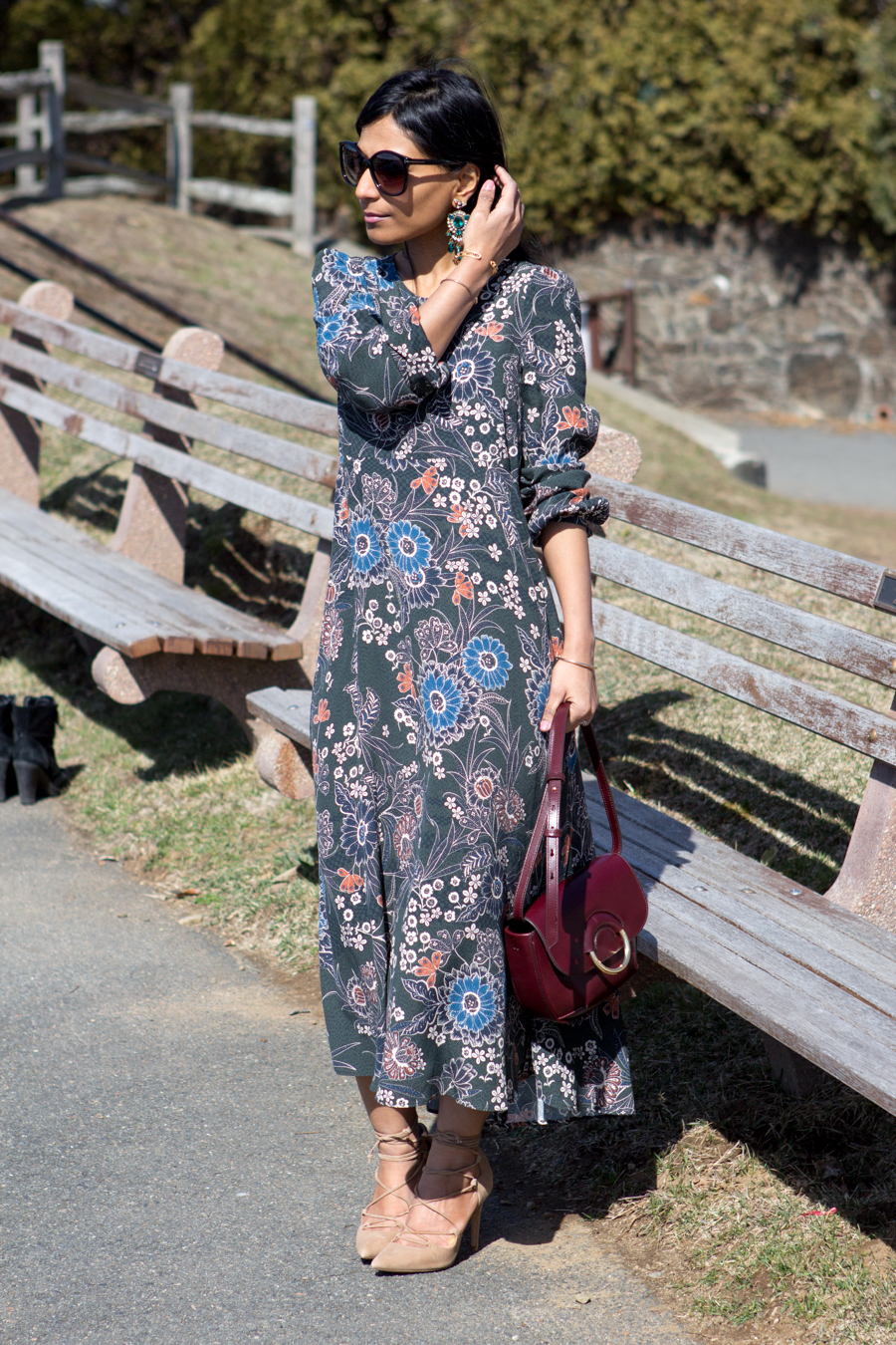 weekend look, indian style, asian fusion style, laceup pumps, floral maxi, maxi dress, statement earrings, crossbody bag, banana republic, vacation wear, weekend style, everyday style, glamorous, feminine style, flowy dress