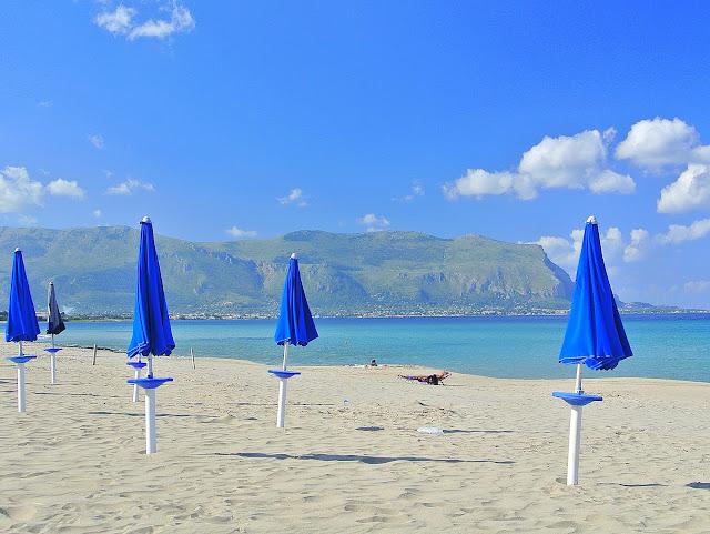 widok na Isola Delle Femmine, czy warto?