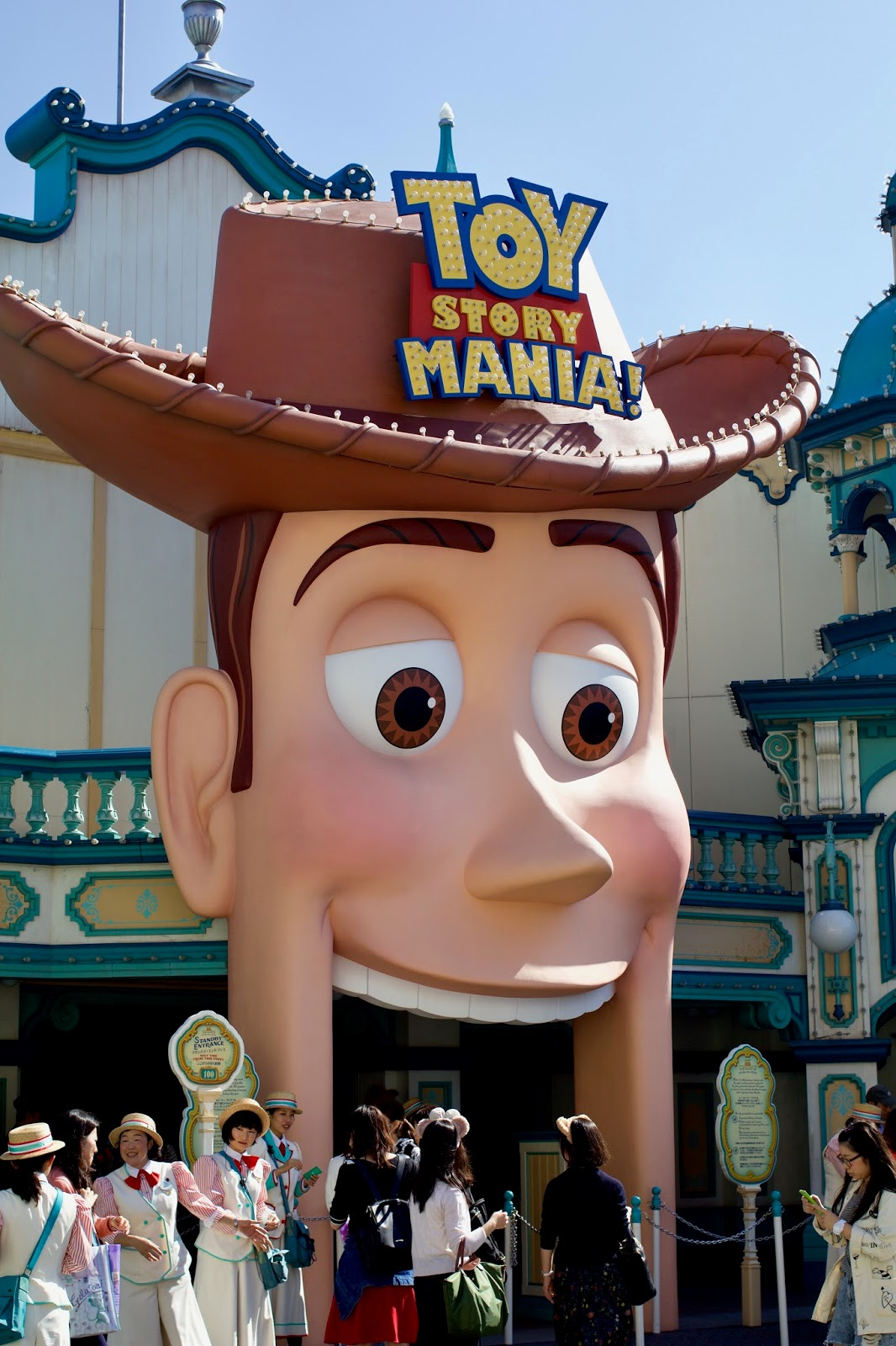 Tokyo-Disney-Sea-American-Waterfront-Toy-Story-Mania-Woody