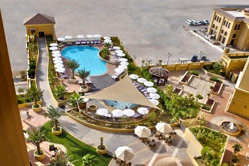 Located On The Captivating Sceneries Of Dubai S Most Por Beachfront Jumeirah Beach Overlooking Mystical Blue Waters Arabian Gulf Amwaj