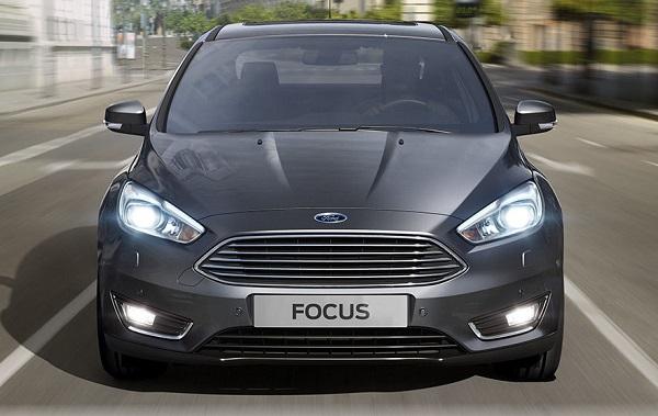 Ford Focus 3 Sedán