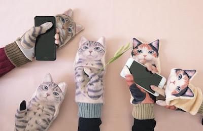 Cat Smartphone Mittens