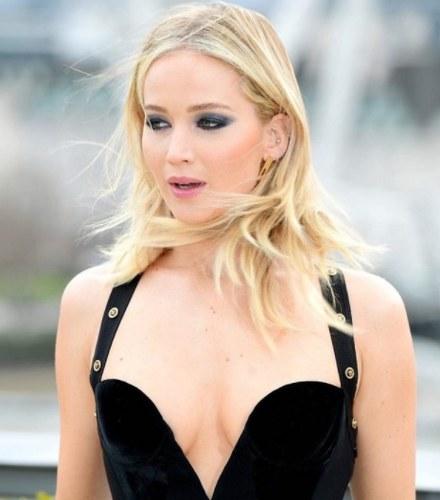 Jennifer Lawrence naughty