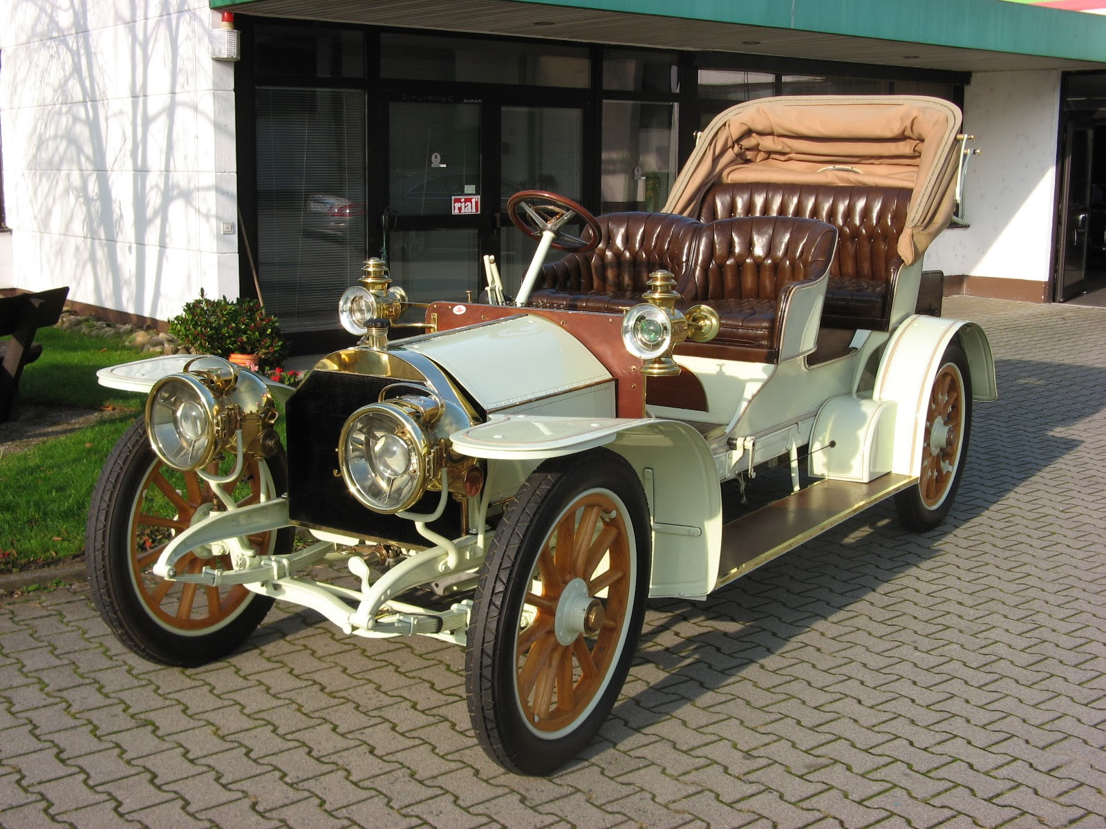 The Door Industry Journal: One of the oldest surviving Mercedes-Benz