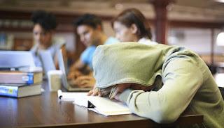 10 Gambar Tertidur di Kelas  Gambar Top 10
