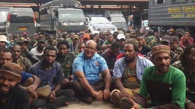 Penangkapan dan Pembubaran Diskusi Aktivis KNPB Pada HUT ke-10 di Papua