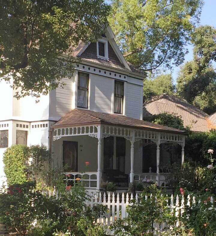 Little Farmstead: A Southern California Victorian