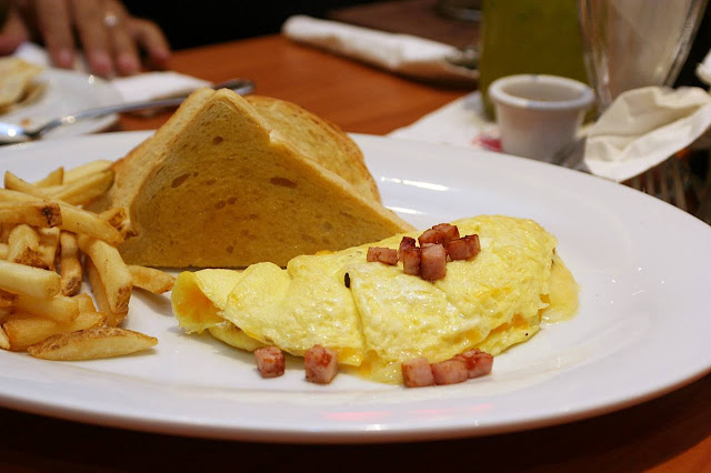 Denny's Uptown Parade Manila Omelette
