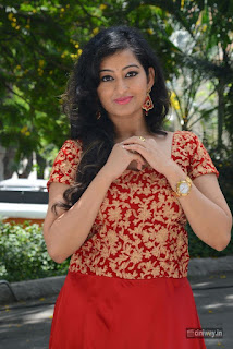 Tejaswini-Stills-at-Kannullo-Nee-Roopame-Movie-Launch