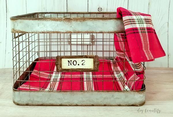 festive towel