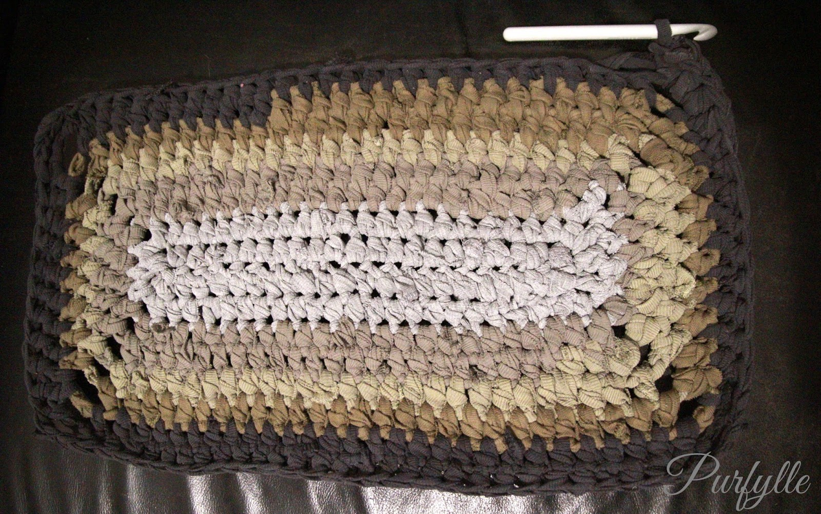 upcycled T-shirt rag-rug crochet bath mat