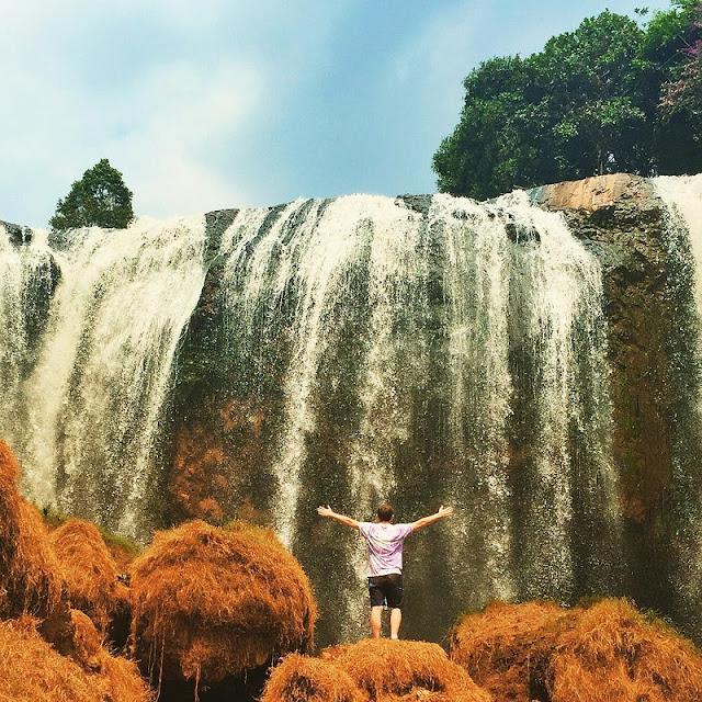 Elephant Waterfall - the fantastic falls in Dalat 1
