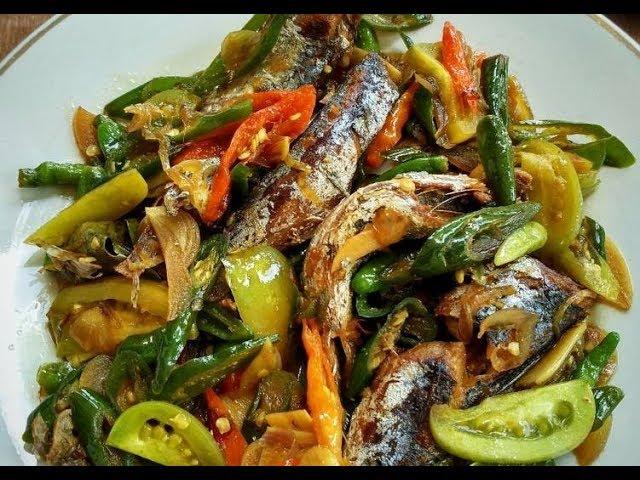 Resep Cara Membuat Ikan Tongkol Cabai Hijau Yang Menggugah Selera