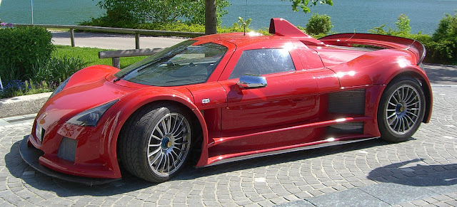 Gumpert Apollo German supercar