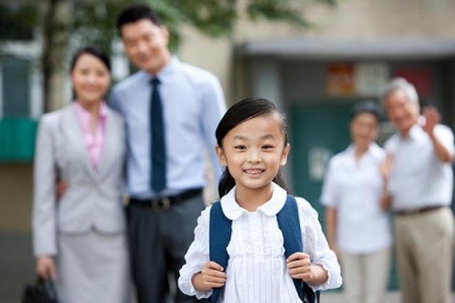 Cha mẹ chuẩn bị hành trang cho con khi bước vào lớp 1