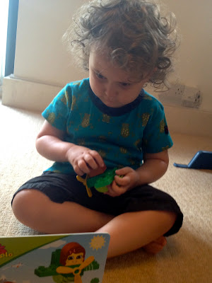 Read and Build with LEGO DUPLO - Busy reading and building