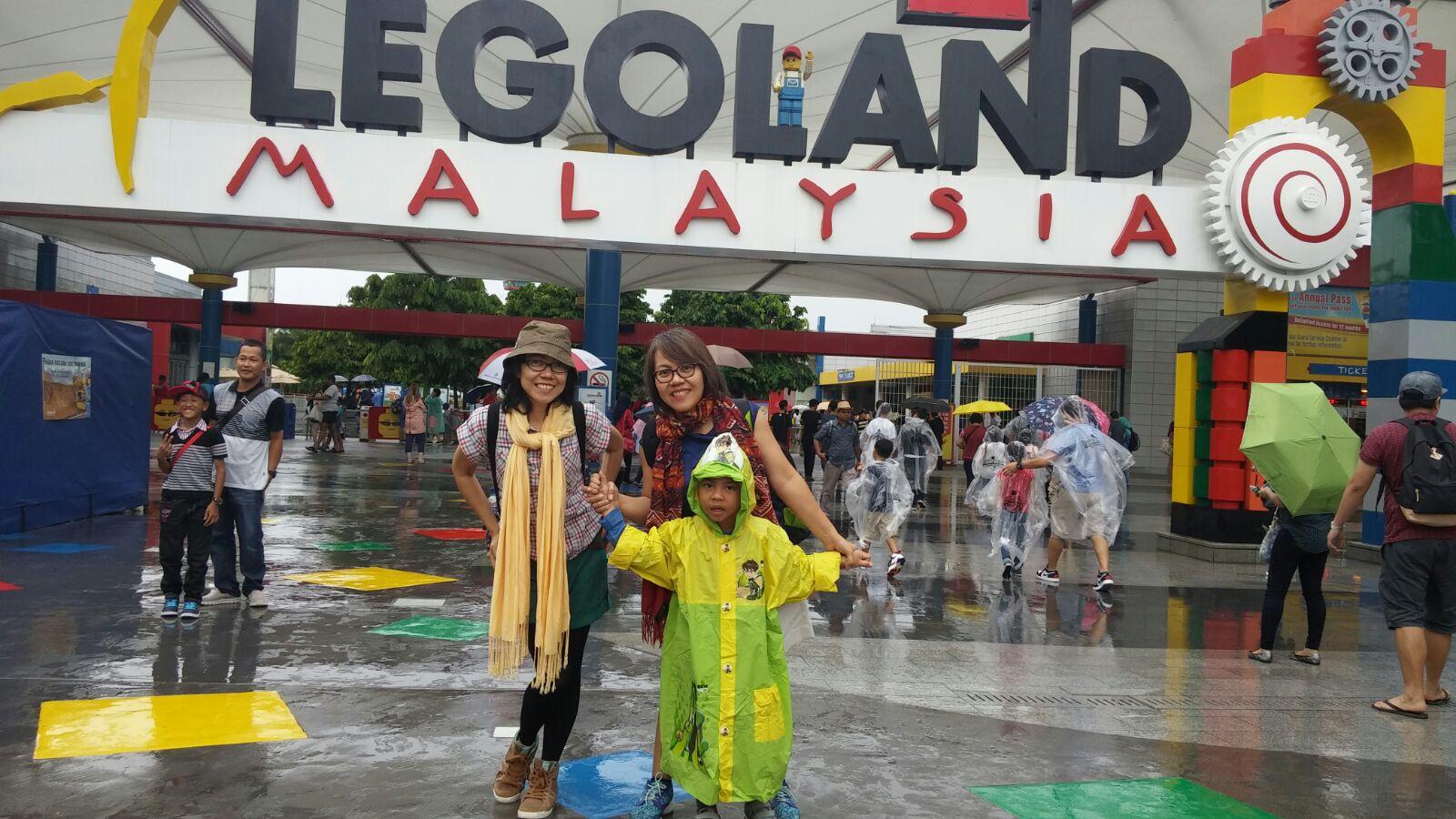 Kakiku Melangkah: Permainan di Legoland - Johor Bahru Malaysia