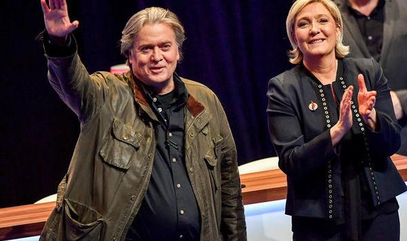 Steve Bannon στη Γαλλία: «Άστε τους να σας λένε ρατσιστές και ξενοφοβικούς. Φοβούνται γιατί χάνουν κι εμείς δυναμώνουμε κάθε μέρα»