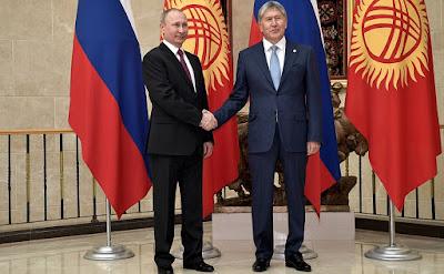 Vladimir Putin, Almazbek Atambayev.