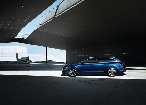 「Renault Talisman Estate」のサイド画像