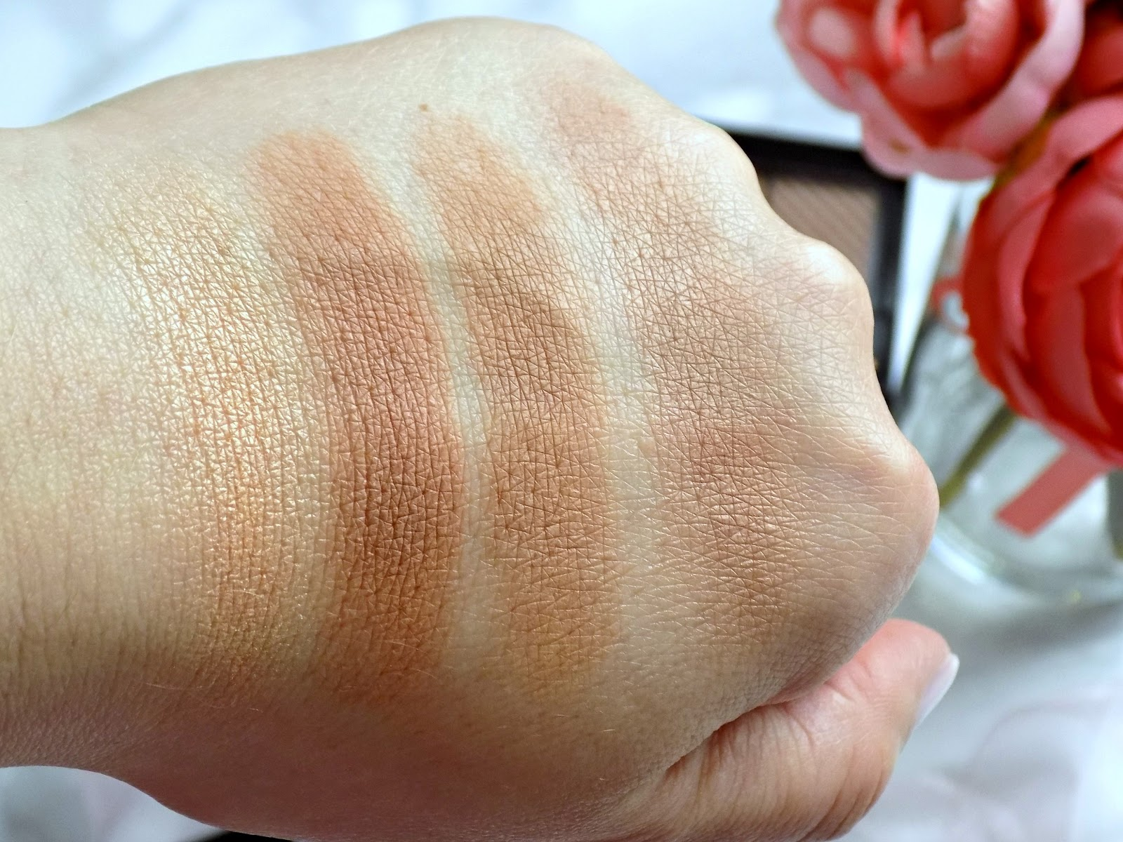 Maybelline Master Bronze Color and Highlighting Kit swatches
