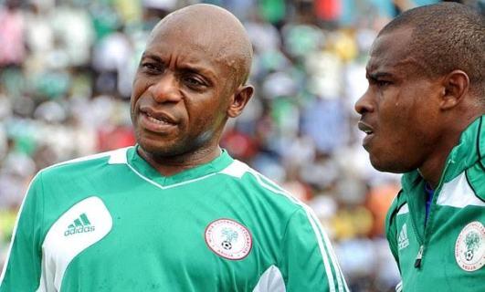'Let Vincent Enyeama be' -Nigeria goalkeeping legend, Ike Shorunmu warns coach Gernot Rohr