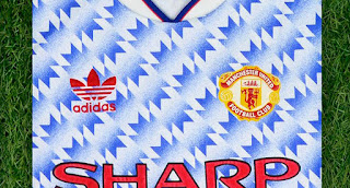 Comeback This Season Closer Look Manchester United 1991 92 Away Kit Footy Headlines