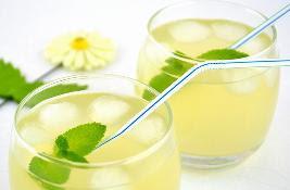 Академик считает, этот напиток является средством для профилактики рака и лечения онкологических заболеваний на начальной стадии.