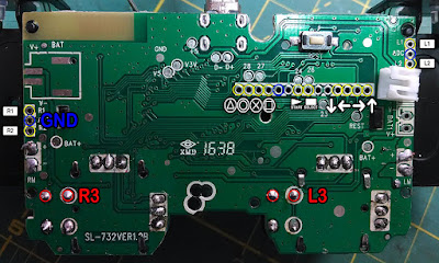 PCB with pin-out pointers.