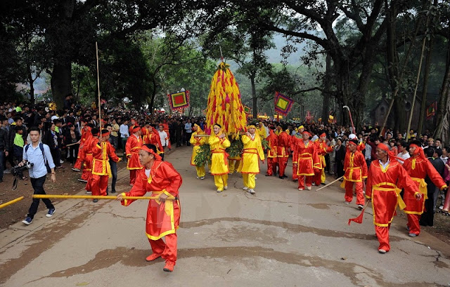 Attractive traditional festivals in lunar January in Vietnam 6