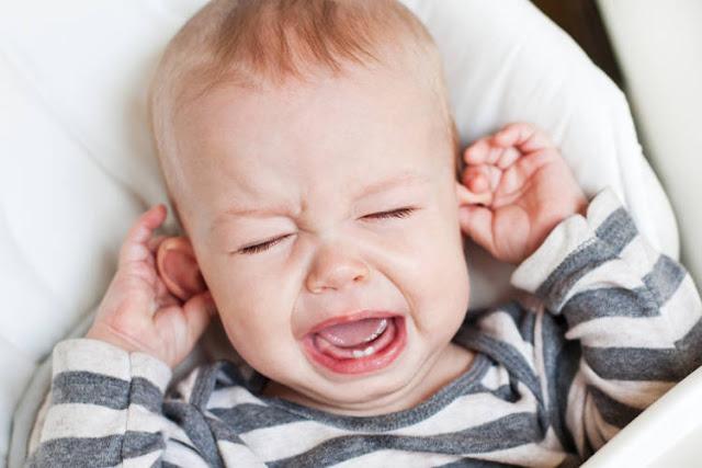 otita-bebelusi, otita-medie-copii, otita-cauze