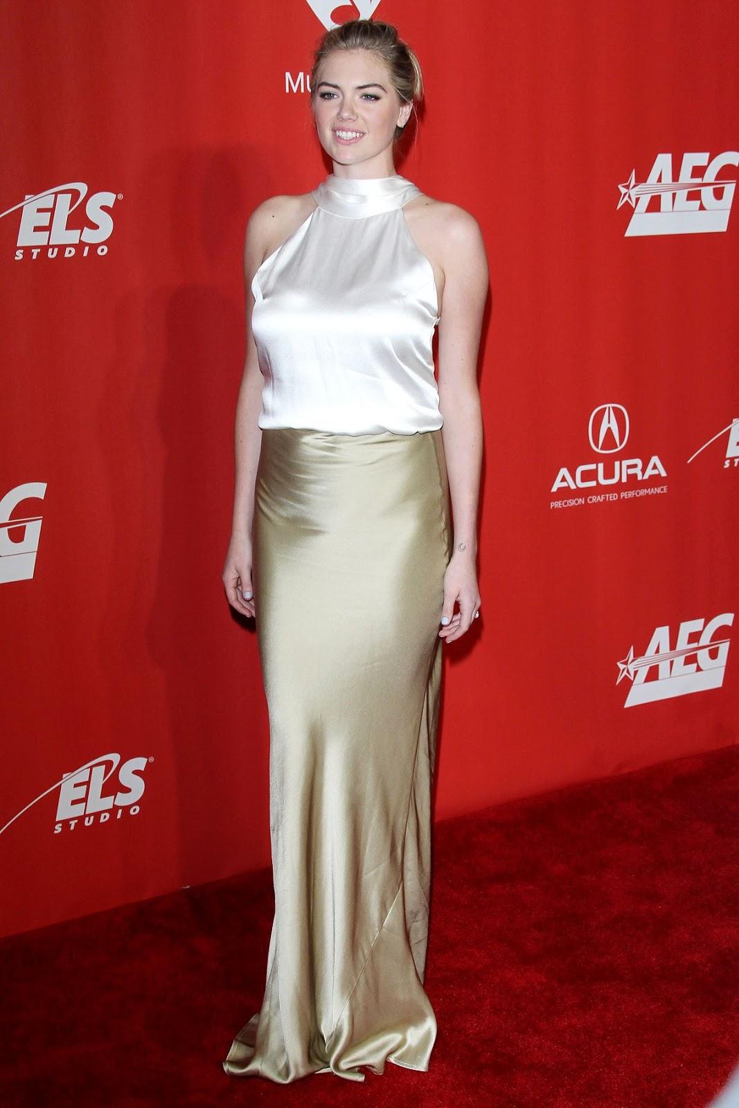 Kate Upton Fan blog: KATE UPTON at 59th Grammy Awards