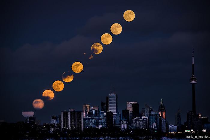 Trăng tròn tối ngày đầu năm 2018 trên bầu trời thành phố Toronto, Canada. Hình ảnh: Frank Job.