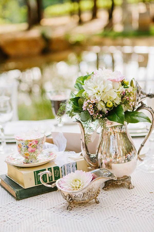 Ślub w stylu vintage, wesele vintage, kwiaty do ślubu vintage, dekoracje ślubne w stylu Vintage, ślub romantyczny i elegancki, organizacja ślubu w stylu vintage, dekoracje stołów na wesele