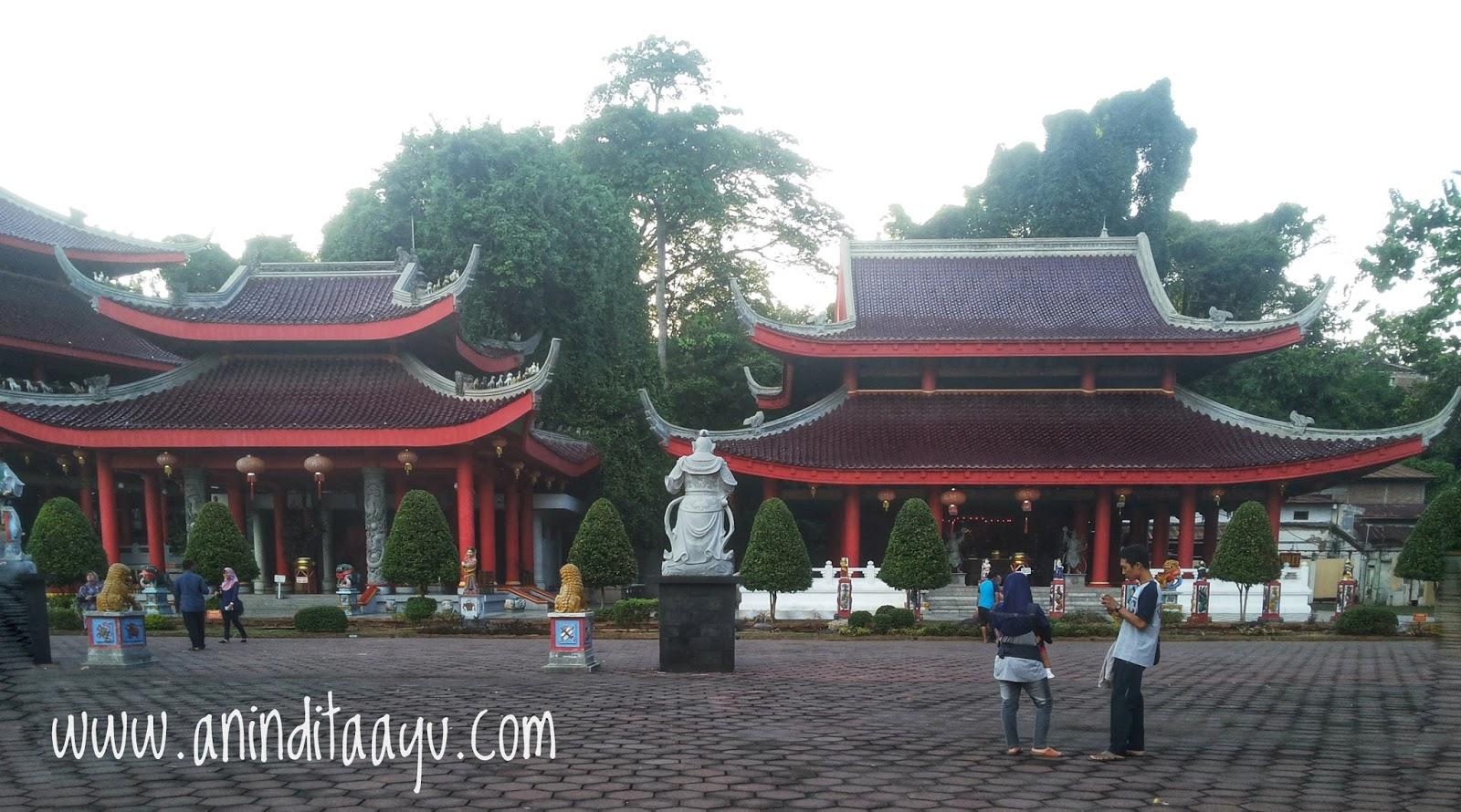 San Poo Kong Semarang liburan di luar kota