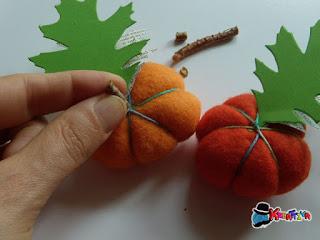 come decorare delle zucche di feltro fai da te