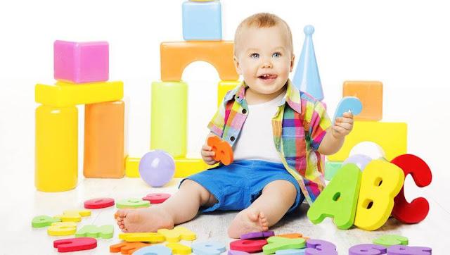 bebeklerde-ay-ay-dil-gelişimi
