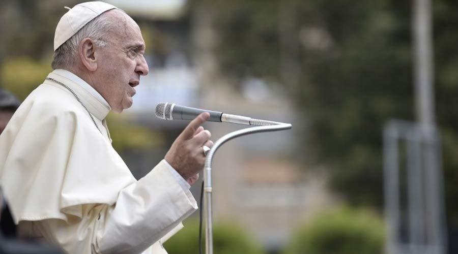 En un prefacio, el Sumo Pontífice habla de