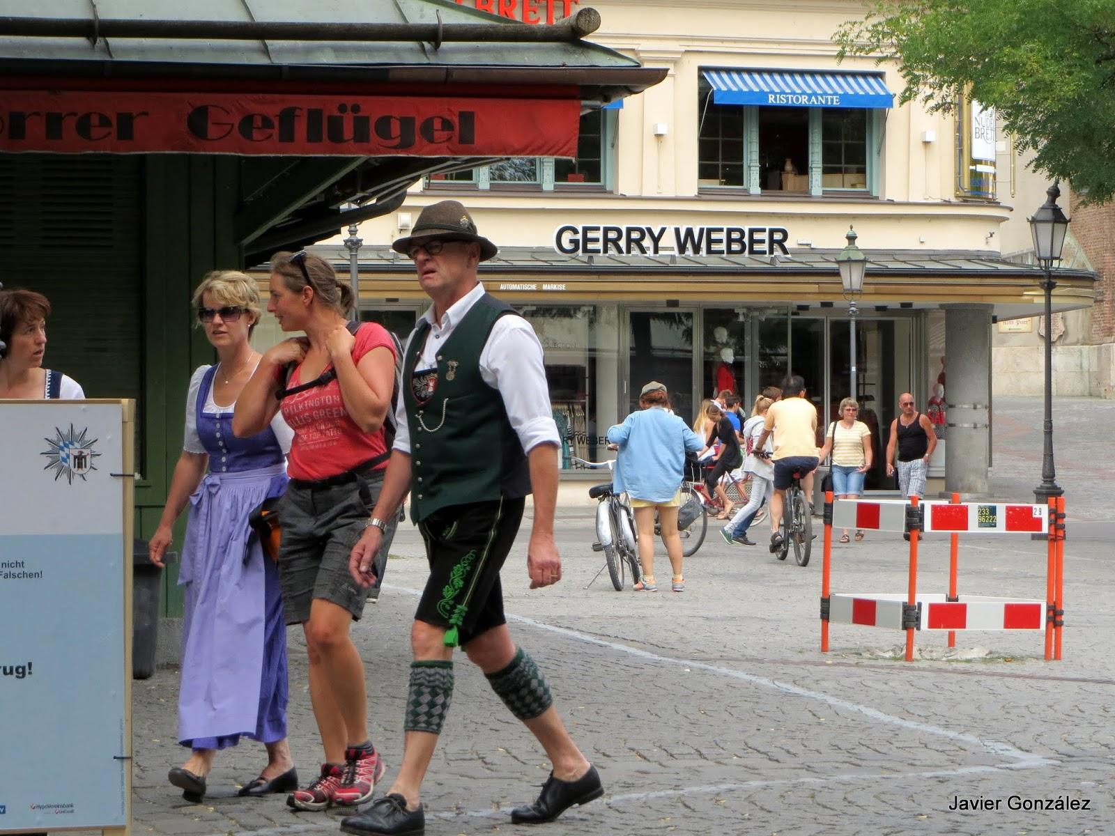 Gente peculiar en las calles