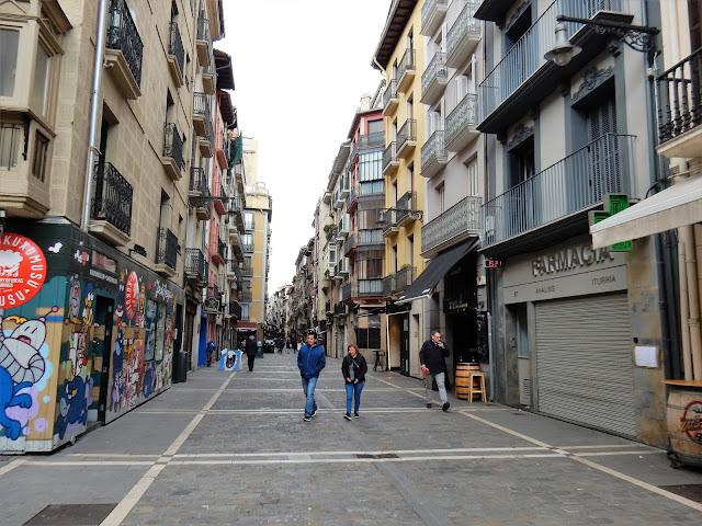 Calle Estafeta, Pamplona, Navarra, Elisa N, Blog de Viajes, Lifestyle, Travel