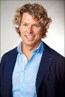Robert Vince. Director of Space Buddies