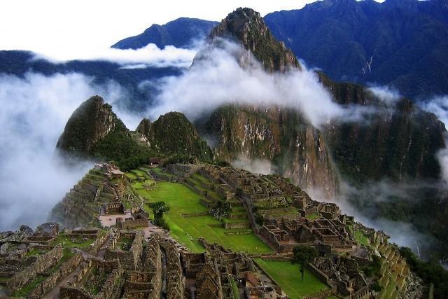 Amanecer en el Machu Picchu