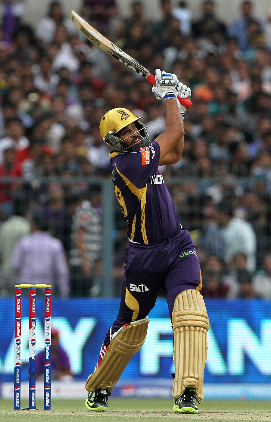Download popular wallpapers 5 stars: KKR v CSK Match 26 IPL 2013 HD Photos- 5 Stars